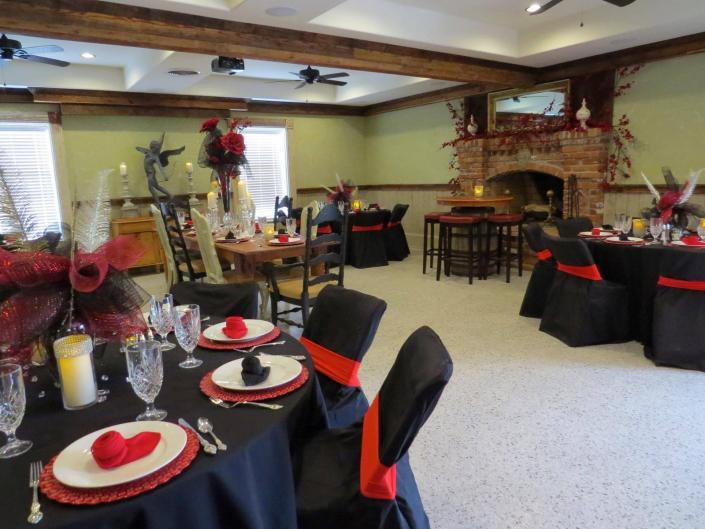 [Image: Thorndale Oaks in Oxford, North Carolina has been a part of many themed parties. From surprise birthday celebrations and baby showers, to fundraisers, we have your covered. We have the space to host the perfect party!  ]